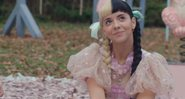 Melanie Martinez em Class Fight - YouTube