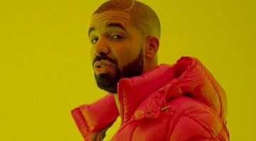 Drake no clipe de Hotline Bling - YouTube