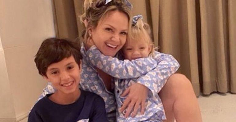 Eliana compartilhou momento emocionante com os filhos após se recuperar do coronavírus
