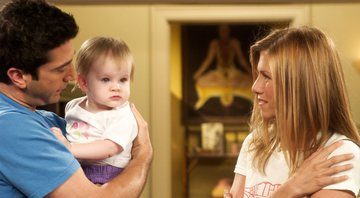 Emma era filha de Ross e Rachel em Friends - Warner Bros.