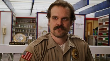 David Harbour interpreta Jim Hopper em Stranger Things - Divulgação/Netflix
