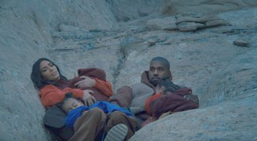 Cena do clipe Closed On Sunday, do Kanye West - YouTube