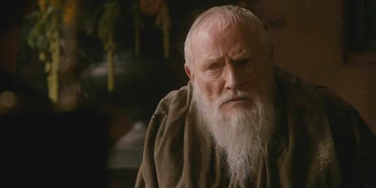Julian Glover como o Grande Meistre Pycelle em 'Game of Thrones'
