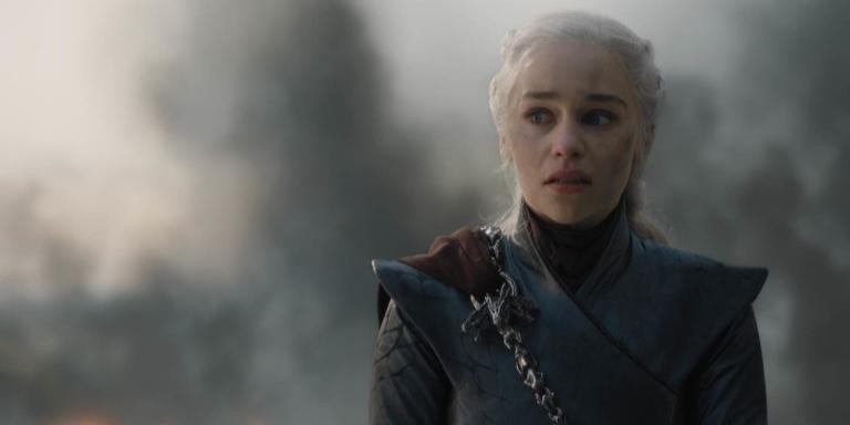 Emilia Clarke como Daenerys em cena da temporada final de 'Game of Thrones'