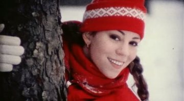Mariah Carey em novo clipe de cenas deletadas de All I Want For Christmas is You - YouTube