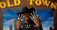 Lil Nas X em Old Town Road - Youtube