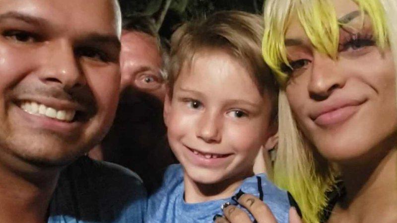 Alex, Ashton e Pabllo Vittar