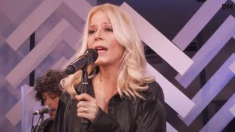 Paula Toller durante live