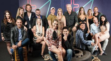 Imagem de particpantes do Power Couple com o apresentador Roberto Justus - Record TV