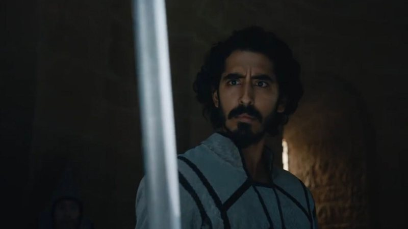 Dev Patel interpreta Gawain no filme