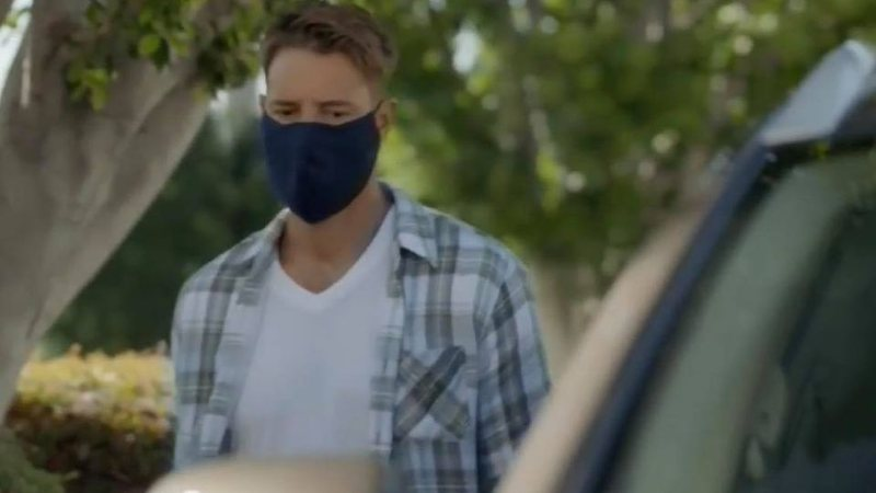 "Justin Hartley como Kevin Pearson em teaser de ""This Is Us"""