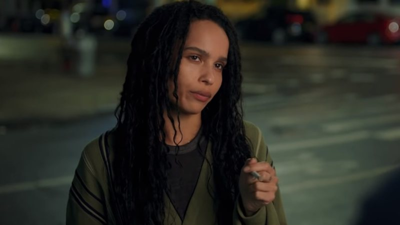 Zoë Kravitz em cena do trailer de High Fidelity