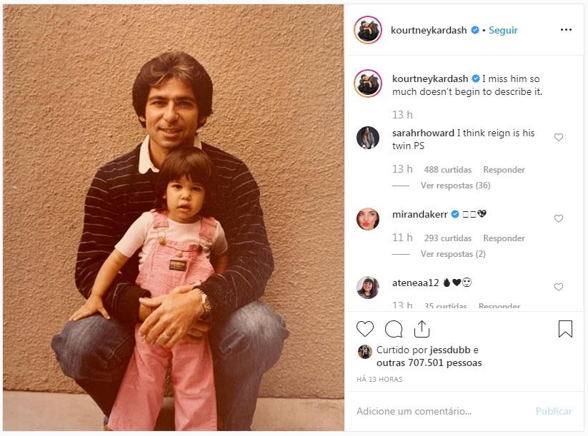 Kourtney Kardashian homenageia o pai