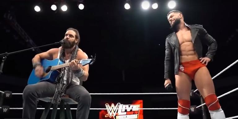 Finn Balor e Elias no ringue