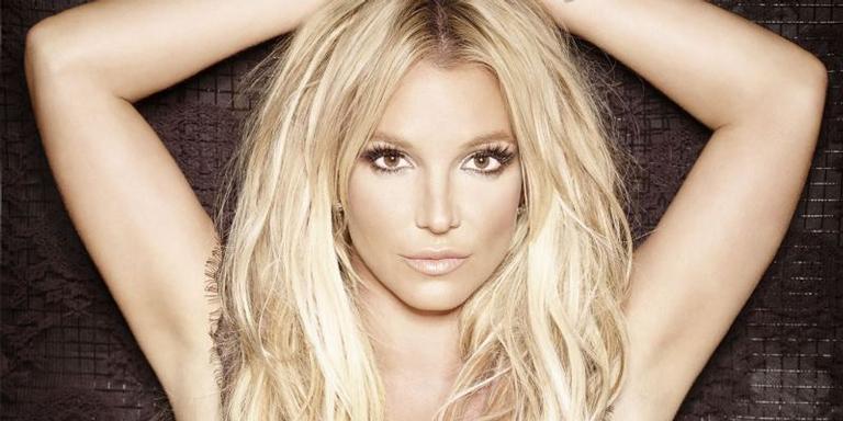 A cantora Britney Spears em imagem de divulgação do disco 'Glory'