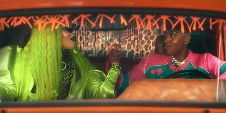 Gloria Groove e IZA em sua segunda música juntas