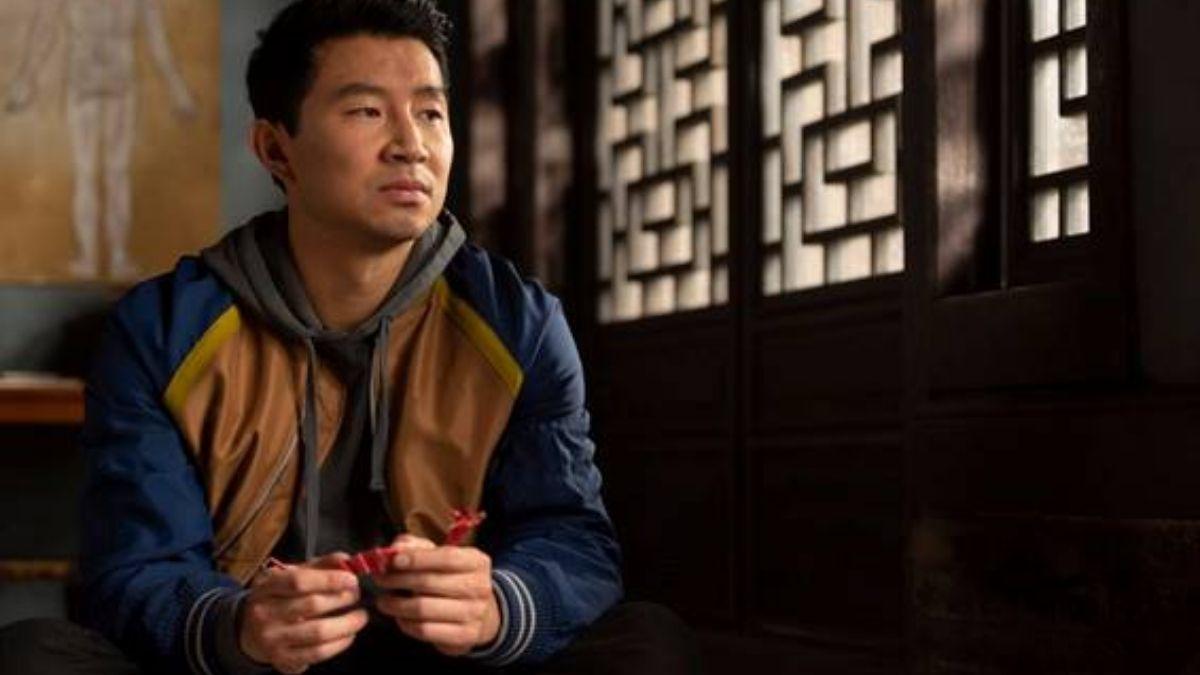 """Simu Liu em """"Shang-Chi e a Lenda dos Dez Anéis"""" (Reprodução/Marvel Studios)"""